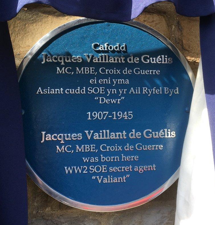 deGuélis-blue-plaque