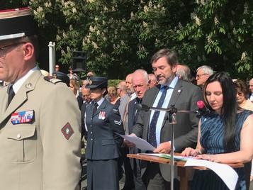 Special mission in France for 'student' secret agent Debbey