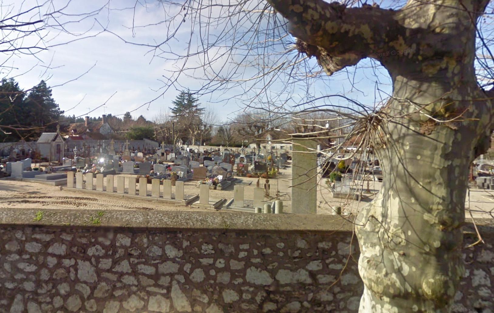 La Ferté-Saint-Cyr-Cimetière