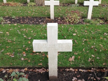 Free French remembered at Brookwood Military Cemetery