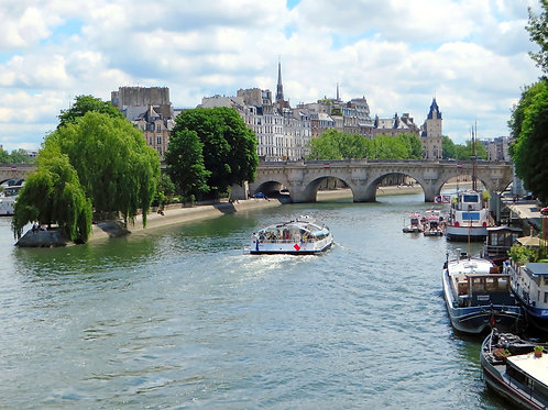 Half day in Paris: walking tour