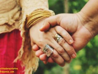 Mãos nas Mãos, Olhos nos Olhos, Coração com Coração...