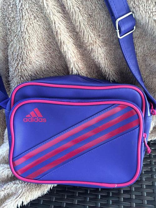 NEUWERTIGE adidas Tasche Bag Retro Style 3 STREIFEN