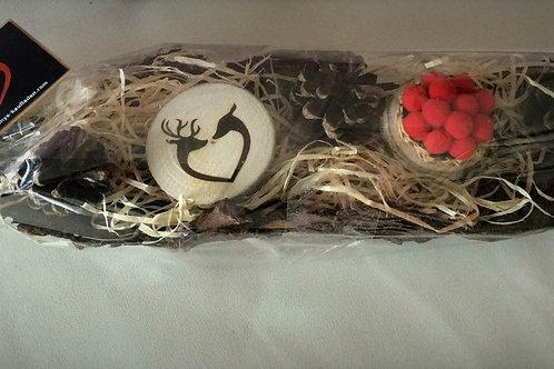 Kopie von Handmade Magnet WILDPAAR Herz Form auf Baumrinde 4,5 -5 cm auf BAUMRIN