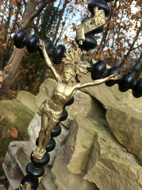Holz STANDKREUZ , schwarz lackiert, Metall HEILAND - 58 cm