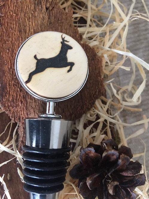 Handmade Weinflaschen Verschluss  HIRSCH Gravur auf RINDE