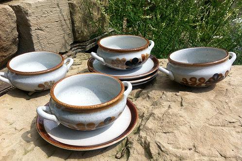 4 Keramik SUPPENTASSEN mit UNTERTELLER - PORTUGAL S - hand painted - NEU