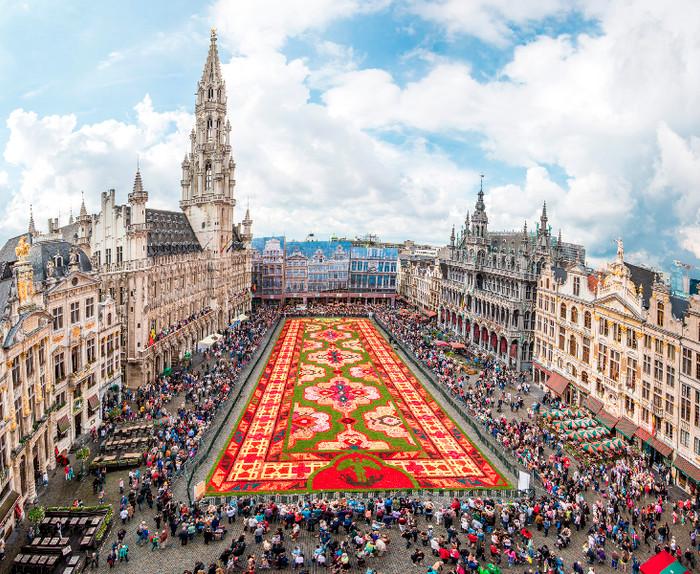 Tapete de Flores na Grand Place de Bruxelas 2018