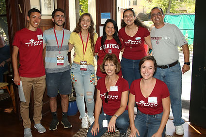 Hillel staff, students, and parents gathered in Hillel lobby to celebrate parent weekend on campus.