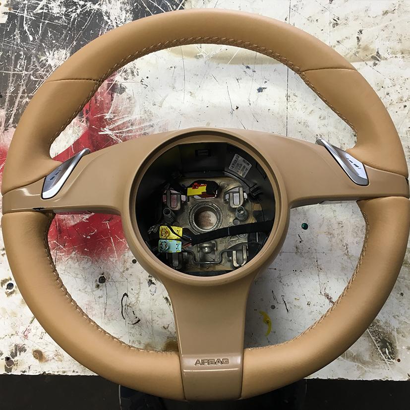 obšívání volantů