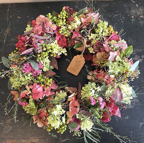 Herbstkranz mit Hortensien, Beeren und E