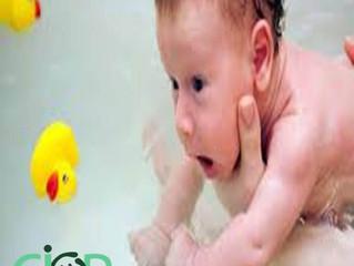 Qual a Temperatura Ideal para dar Banho no Bebê ?
