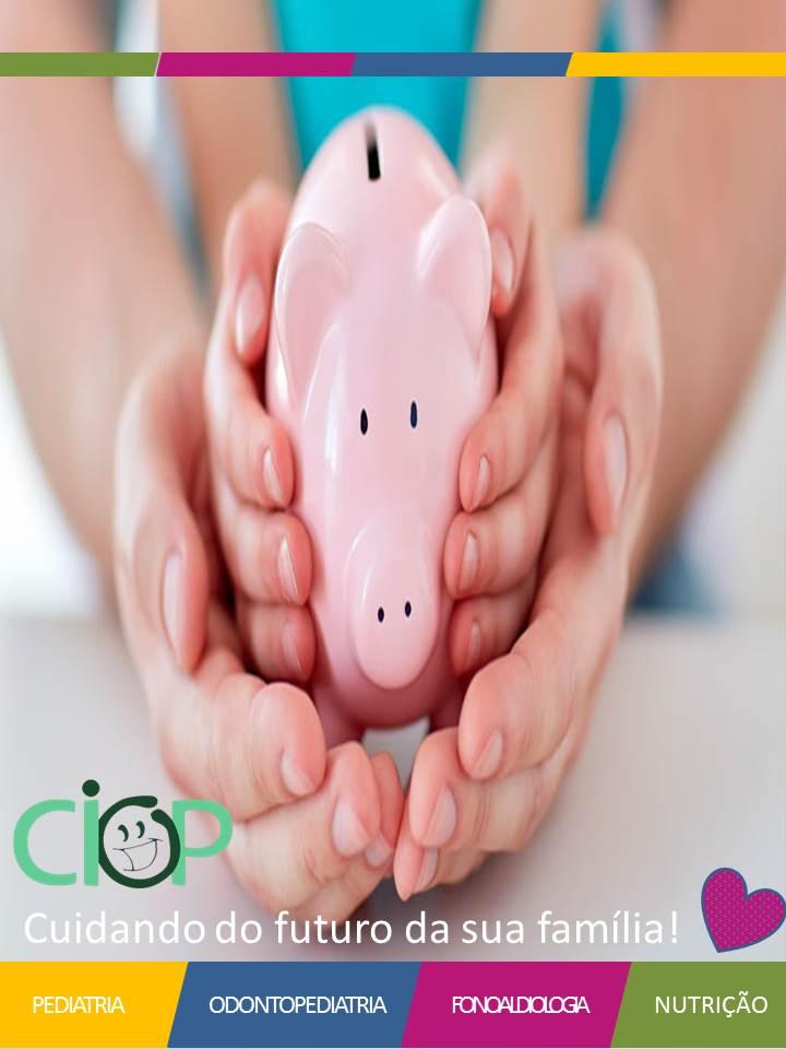 A educação financeira começa antes do nascimento e claro, quando os pais devem ter consciência e fazer uma pesquisa e uma programação adequada na montagem do quarto. Já os filhos temos alguns marcos para a Educação financeira, são eles: