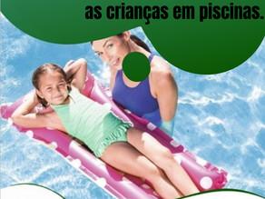 Dicas para evitar acidentes com as crianças em piscinas.