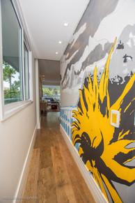 Grafite no Hall de entrada