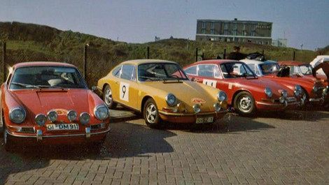 Period racing skins for the Porsche 901 (1964)