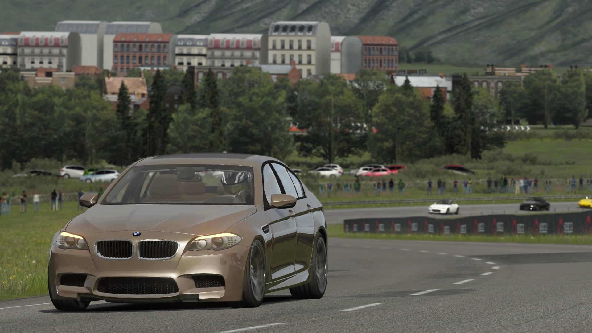 BMW M5 F10 street racing at Highlands.jpg