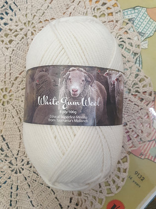 White Gum Wool 8 Ply Merino- Natural