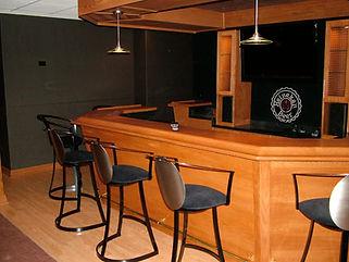 Mokena Bar 1.jpg