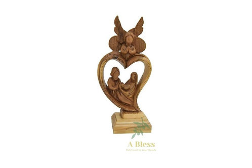 Olive Wood Faceless Holy Family with Angel Heart Shape