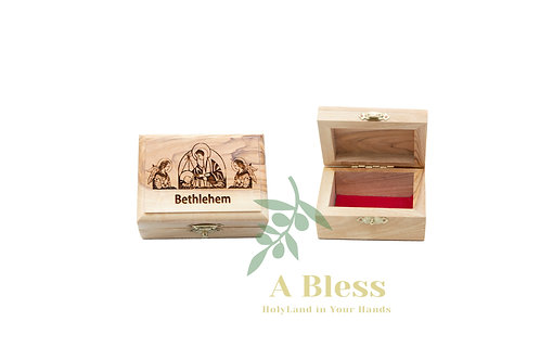 Wooden Jewelry Box engraved on it Virgin Mary with Jesus in the Manger