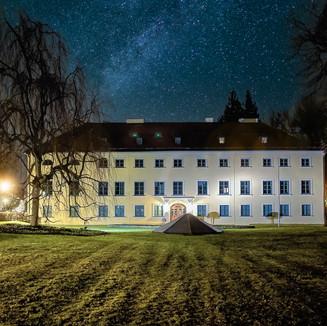 Rathaus Ismaning bei Nacht