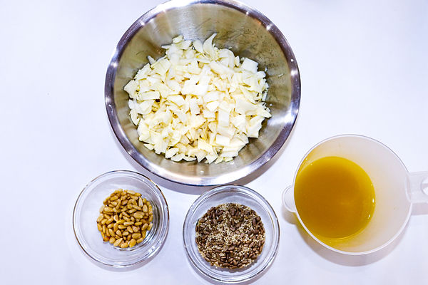 Vinegar Coleslaw & nuts salad  01.jpg