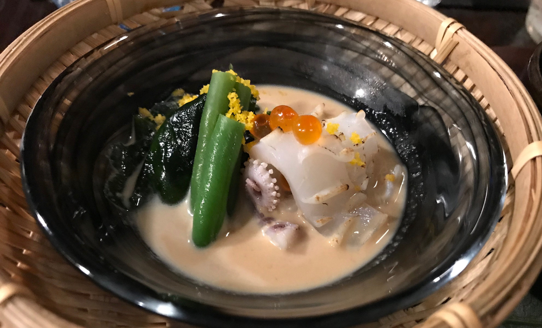 Calamaro con salsa di sesamo