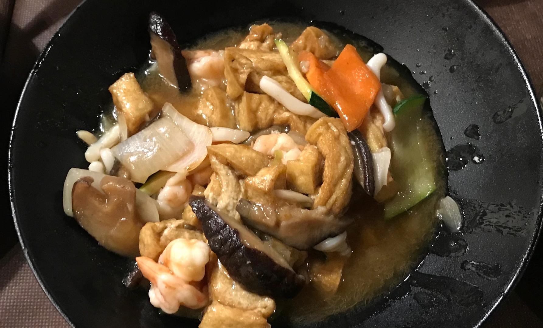 Tofu funghi e verdure