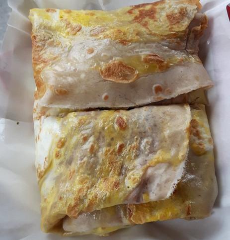 Crepes Vegetariana: Farina Bio tipo 0, farina integrale, sale, olio di girasole, salsa di soia, uovo, porro, coriandolo, frittella di farina