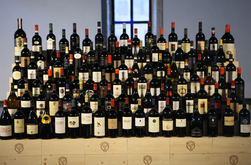 We help Italian and French wine producers in promoting Wine Culture in Asia