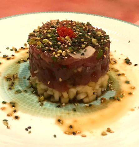 Tartare di tonno, mela e pistacchio