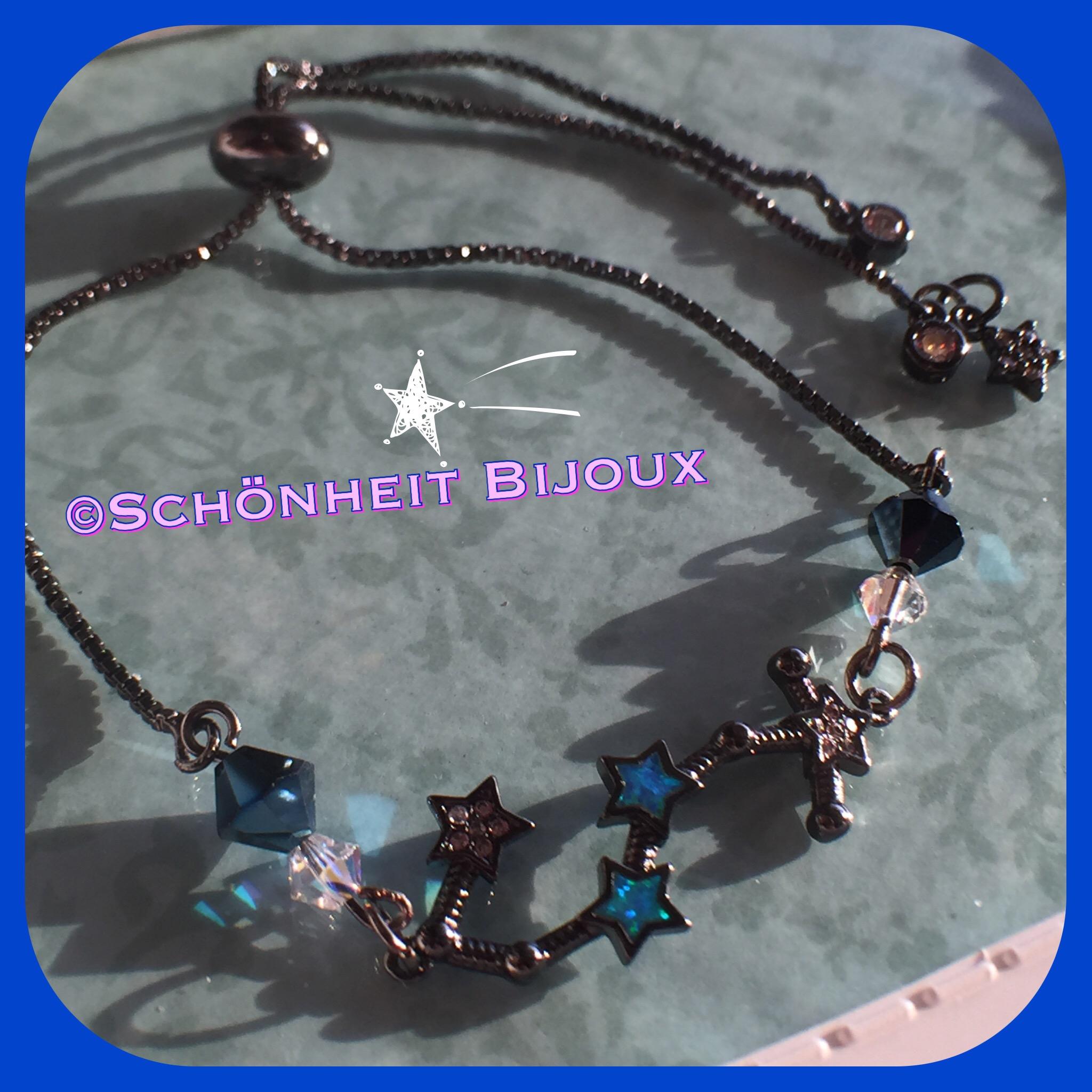 オパールとキュービック星座(さそり座)黒チャームブレスレット