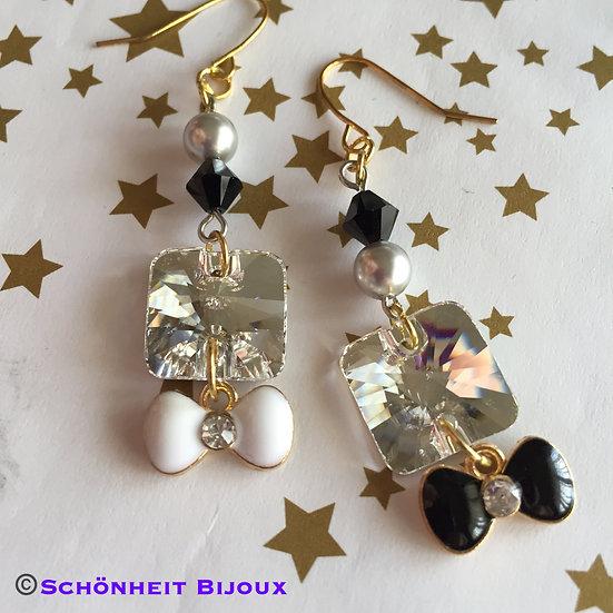 スワロフスキークリスタル白黒リボンピアス/Swarovski Crystal Black White Ribbon Earrings