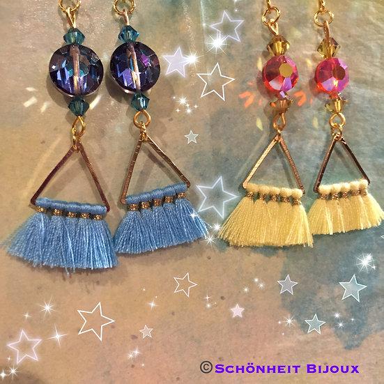 スワロフスキーと三角タッセルピアス/Swarovski Triangle Tassel Earrings (Gold)