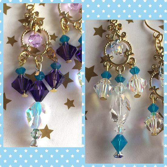 レアなスワロフスキー使用シャンデリアピアス/Swarovski Crystal Chandelier Earrings (Gold)