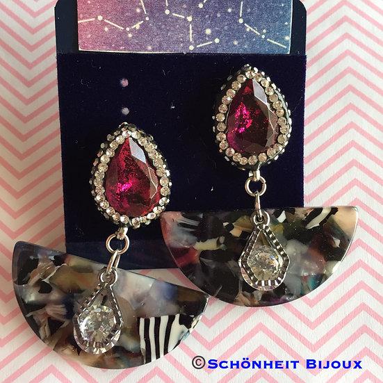 アクリルとラインストーン付きポストピアス/Rhinestone Post Acrylic Earrings