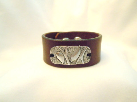 1 Inch Brown Leather Cuff with Silver Dove CBB 111