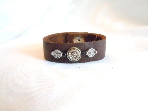 Soft Brown Leather Cuff with Round Silver CBB 126