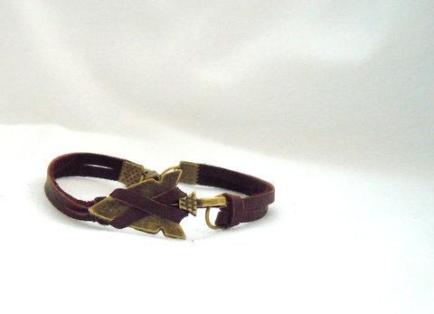 Bronze Arrowhead on Deerskin Lace  BBRA 101