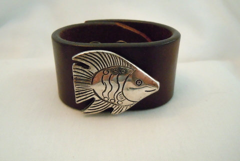 1.25 inch Brown Cuff with Silver Fish CBB 107