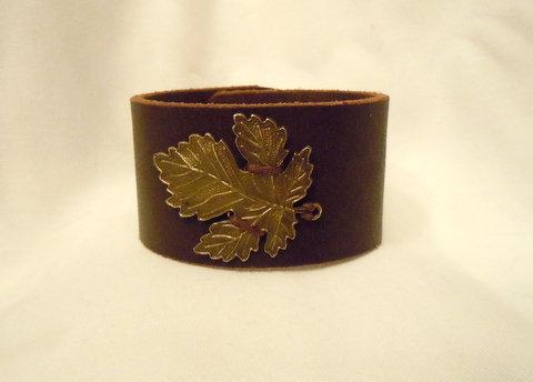 "1.5 "" Brown Leather Cuff with Bronze Leaf CBB103"