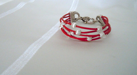 5 Strand Red Leather Cord w/Silver Beads 5S102