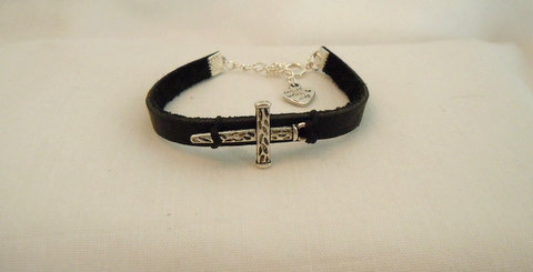 Black Leather single strand with Cross BSB-110