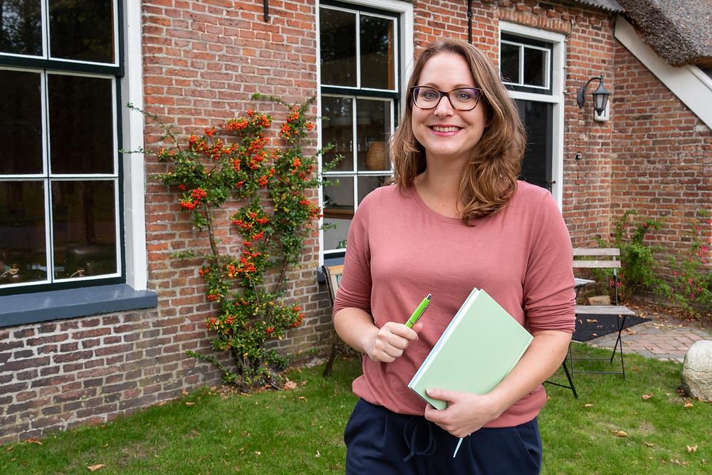 Eveline Broekhuizen maakt je wegwijs in het boekenvak