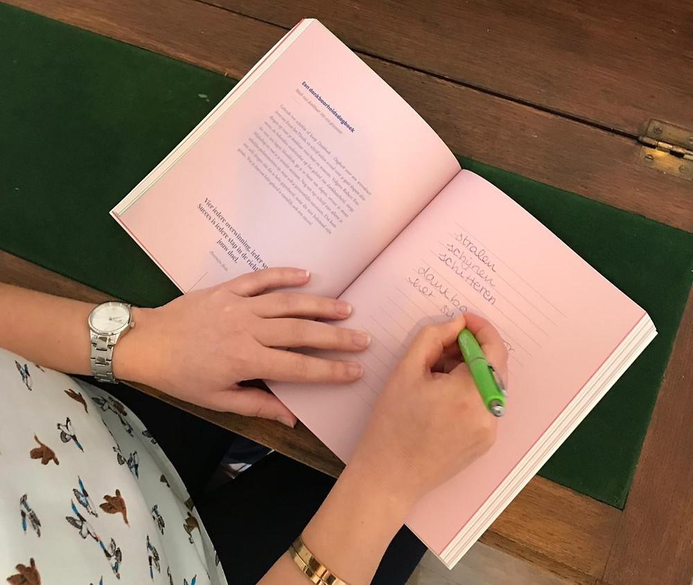 Met de hand schrijven maakt je bewuster
