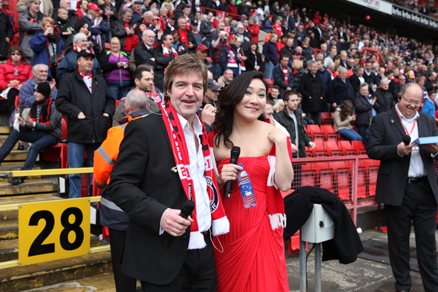 Rose Jang Martin Toal singing at Charlton