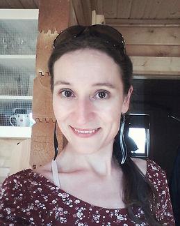 Autrice Regan Holdridge Blog