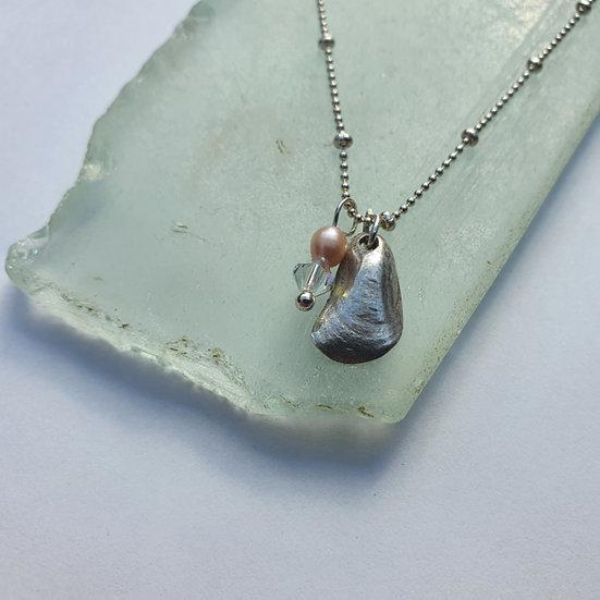 Silver Mussel Shell Bracelet