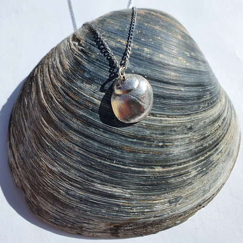 Silver Periwinkle Necklace